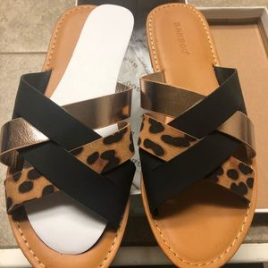 New in box bamboo slides size 8